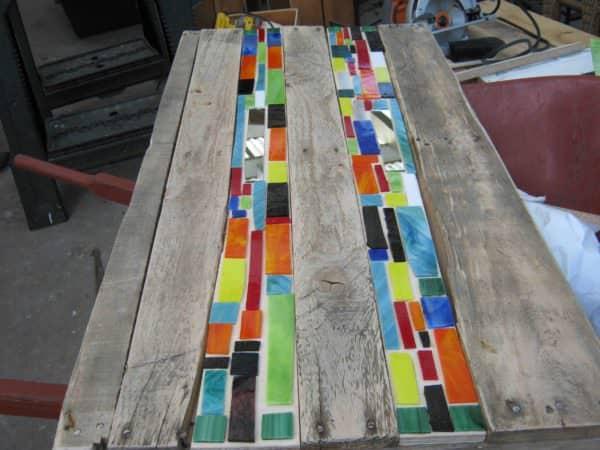 Mosaic Pallet Table Pallet Desks & Pallet Tables