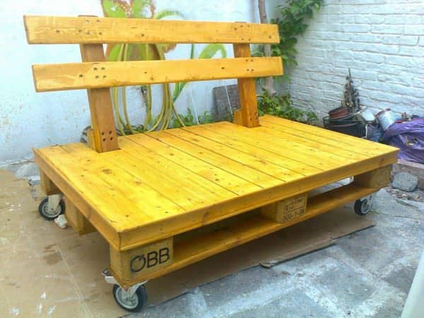 Original Pallet Bench: Mobile And Eye-catching Pallet Benches, Pallet Chairs & Stools
