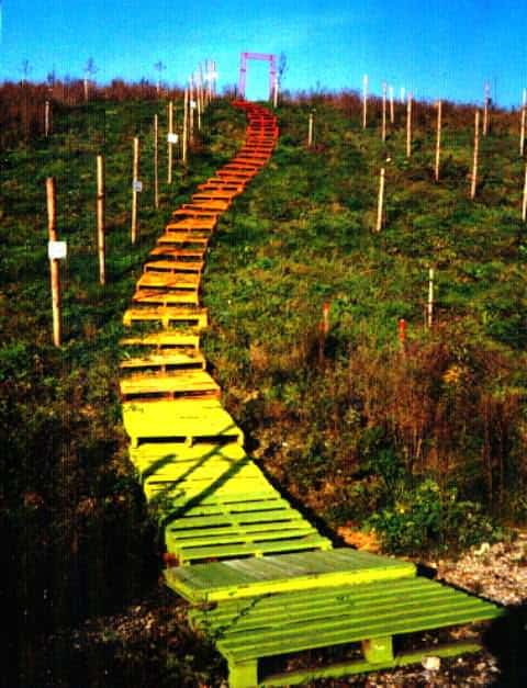 Colored Pallet Stairs Pallet Staircases