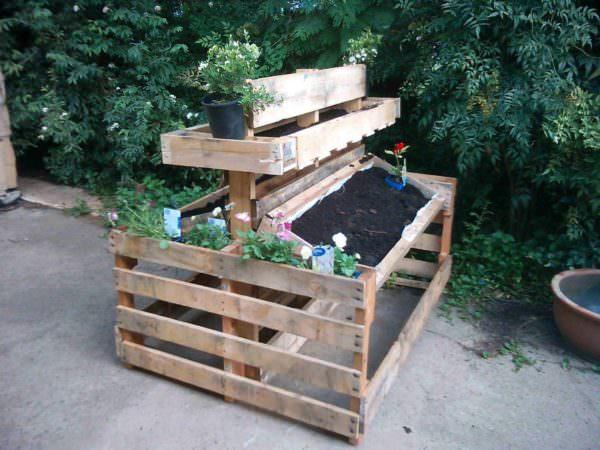 Mini Pallet Garden Pallet Planters & Compost Bins