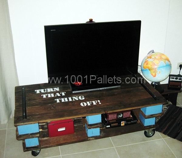 Pallet Tv Table Pallet TV Stands & Racks