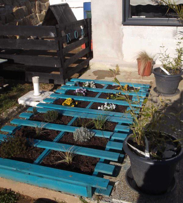 Blue Pallet Planters Pallet Planters & Compost Bins