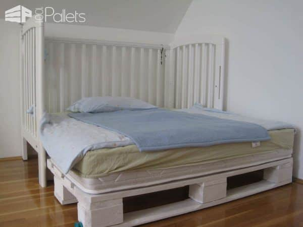 """Modular """"king Size"""" Kids Pallet Bed Made With Upcycled Pallets Pallet Beds, Pallet Headboards & Frames"""