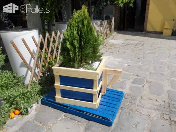 Pallet Coffee Cup Planter Pallet Planters & Compost Bins Pallet Store, Bar & Restaurant Decorations