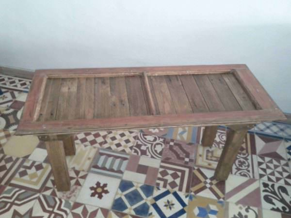 Small Table Made With Upcycled Pallet & Window Frame Pallet Coffee Tables