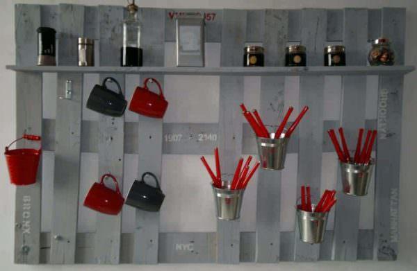 Kitchen Pallet Hanger Pallet Shelves & Pallet Coat Hangers