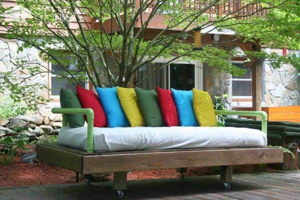 Original Dream Daybed Made With Pallets Pallet Sofas & Couches