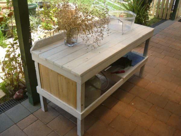 Outdoor Pallet Cooking Table Pallet Desks & Pallet Tables