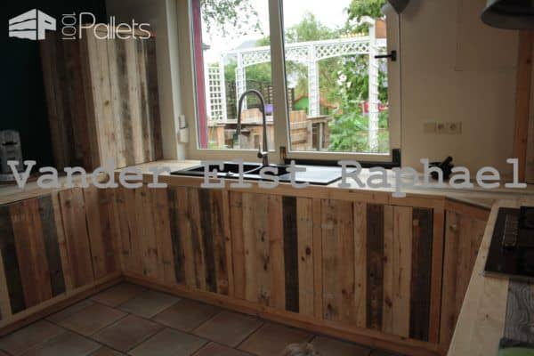 Kitchen Makeover With Recycled Pallets Pallet Cabinets & Wardrobes