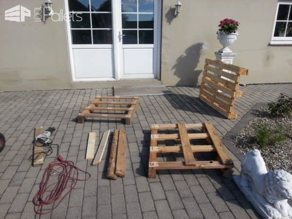 Stenildhuset Bench Made Out Of Three Recycled Pallets Pallet Benches, Pallet Chairs & Stools