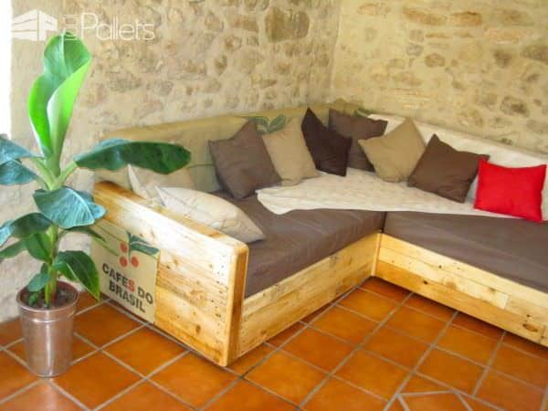 King Size Sofa Made Out Of Pallets Pallet Sofas & Couches