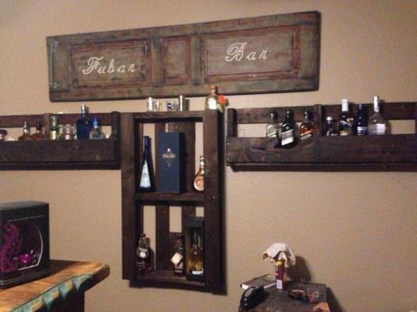 Pallet Bar Bottle Holders Pallet Shelves & Pallet Coat Hangers