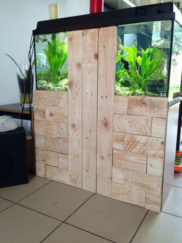 Pallet To Hide Aquarium Back Pallet Furniture