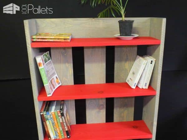 Wooden Pallet Shelf / Bibliothèque Etagère En Bois De Palette Pallet Bookcases & Bookshelves