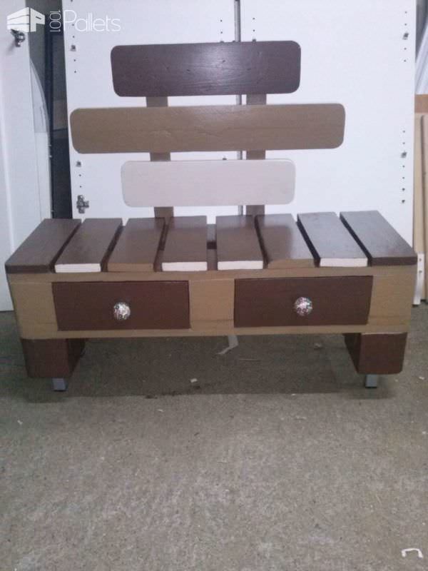 Bench for Putting on Shoes Pallet Benches, Pallet Chairs & Stools