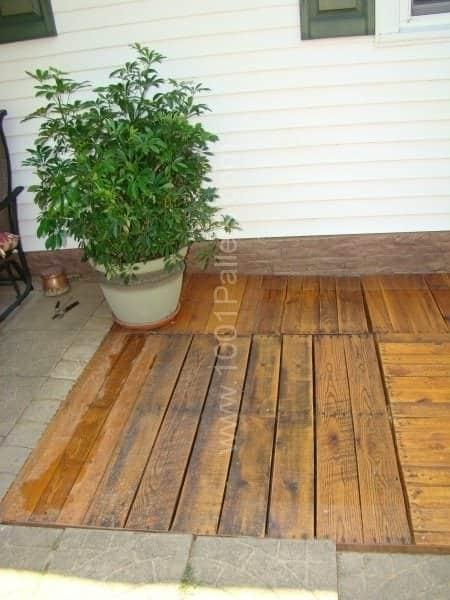 Pallet Deck Pallet Terraces & Pallet Patios