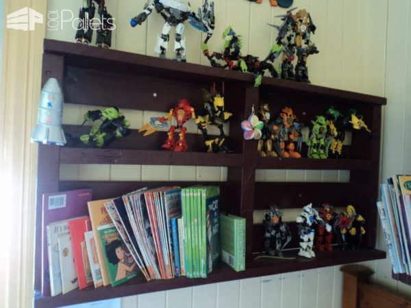 Pallet Display Bookshelves Pallet Bookcases & Bookshelves Pallet Shelves & Pallet Coat Hangers
