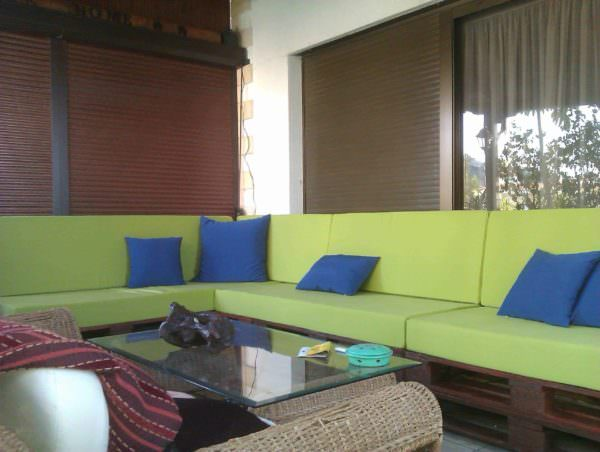 Pallet Sofa & Table Pallet Coffee Tables Pallet Sofas & Couches