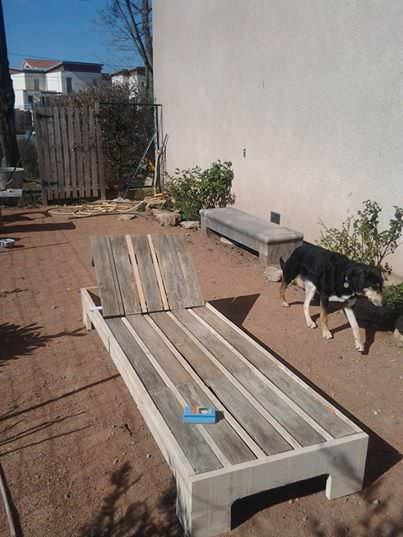 Sunbed Out Of 3 Wooden Pallets Lounges & Garden Sets