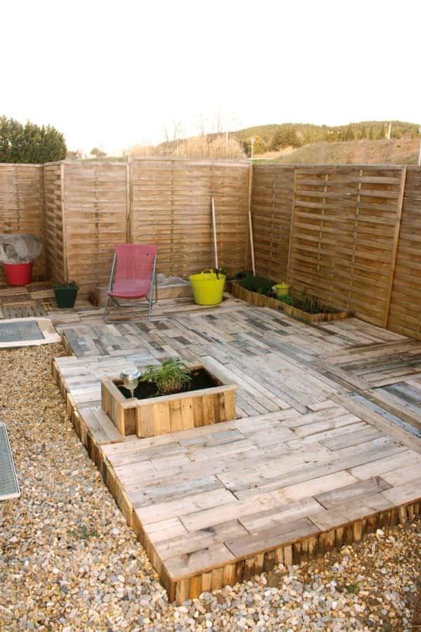Tomorrow Design – La Recyclerie Inventive Pallet Benches, Pallet Chairs & Stools Pallet Terraces & Pallet Patios