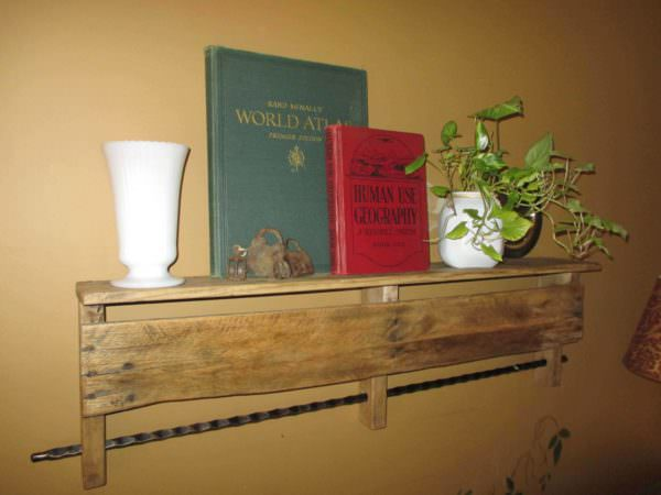 Pallet Shelf With Towel Bar Pallet Shelves & Pallet Coat Hangers