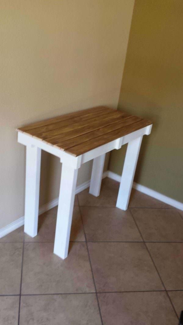 Mesa Para Portaretratos O Libros / Pallet Portrait Table Pallet Desks & Pallet Tables