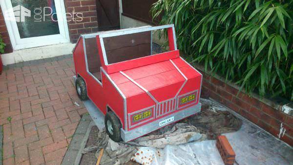 Pallet Child's Car & Storage Box Fun Pallet Crafts for Kids
