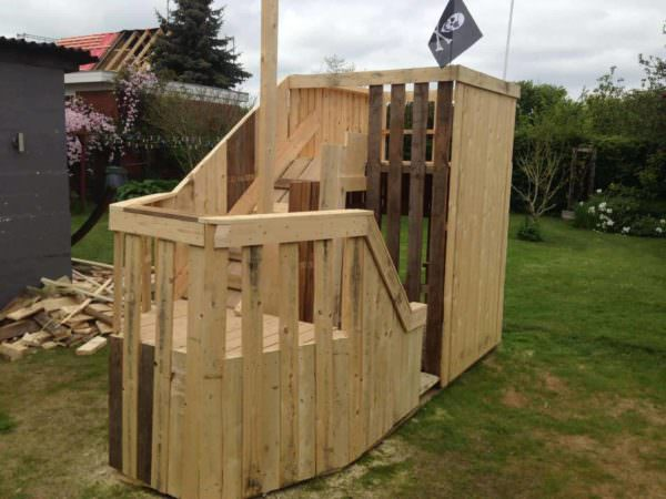 Pallet Pirateship Fun Pallet Crafts for Kids Pallet Sheds, Cabins, Huts & Playhouses