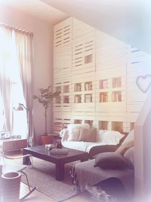 Brooklyn Kinda Home Pallet Bookcases & Bookshelves Pallet Walls & Pallet Doors