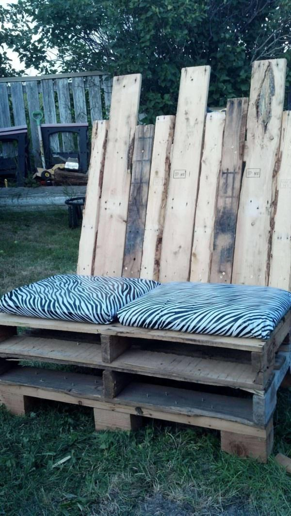 Outdoor Love Seat Pallet Benches, Pallet Chairs & Stools