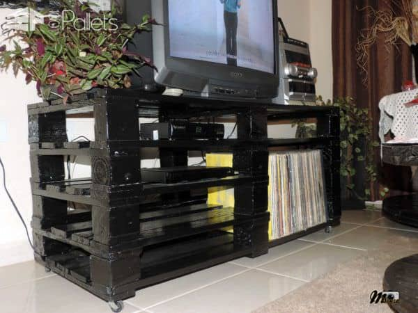 Rack Feito Com Pallets / 4 Wooden Pallets Into TV Stand Pallet TV Stands & Racks