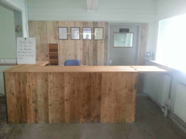Shop Counter From Recycled Pallets Pallet Bars