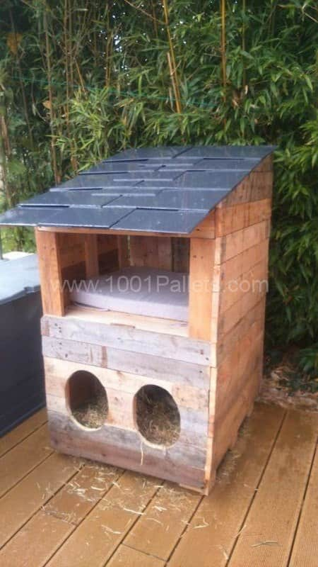 Cabane à Chats / Pallet Cats House Pallet Sheds, Cabins, Huts & Playhouses