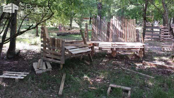 Big Banc / Huge Pallet Bench Pallet Benches, Pallet Chairs & Stools