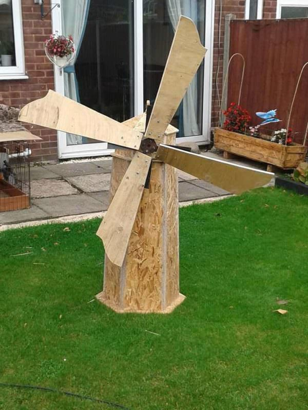 Handmade Windmill From Recycled Wood Pallets in the Garden