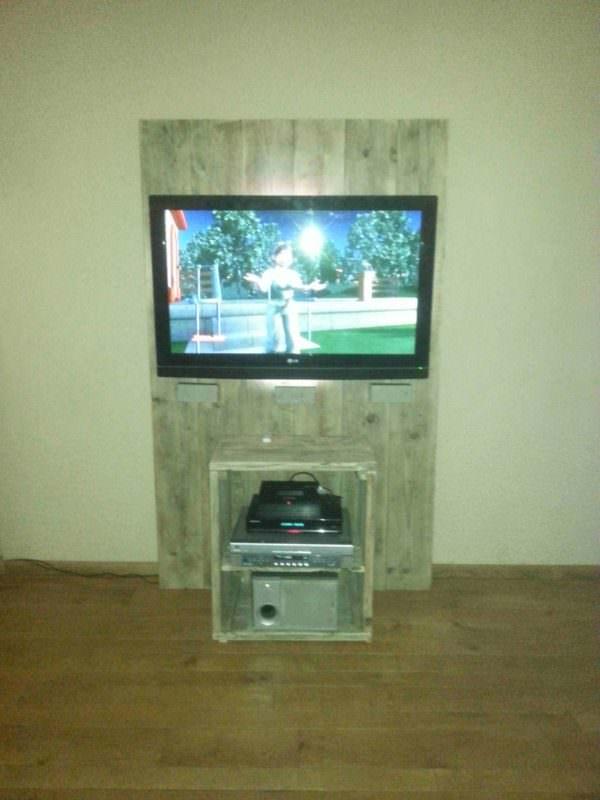 Pallet Tv Stand Pallet TV Stands & Racks