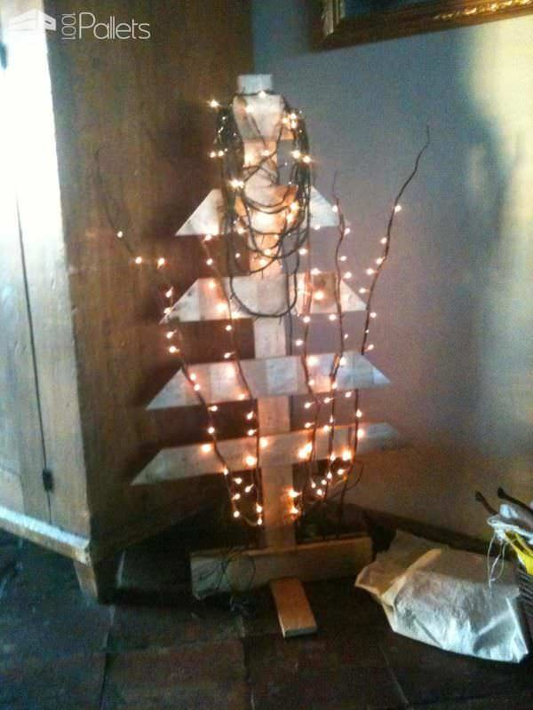 Simple Pallet Christmas Tree Pallet Home Accessories