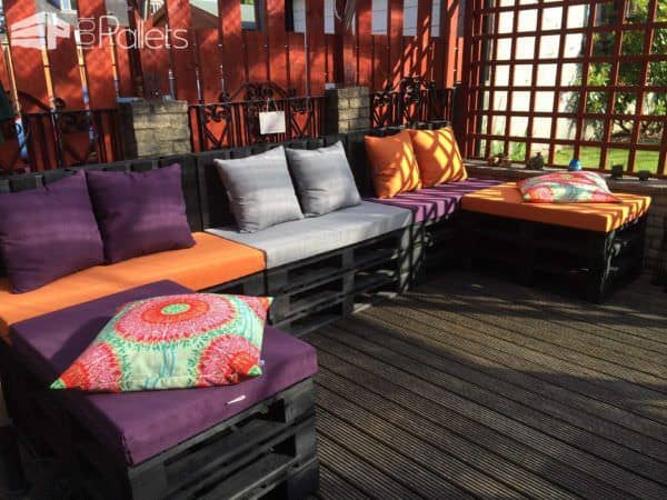 My Spot: Terrace Lounge Made from Repurposed Pallets Lounges & Garden Sets Pallet Terraces & Pallet Patios
