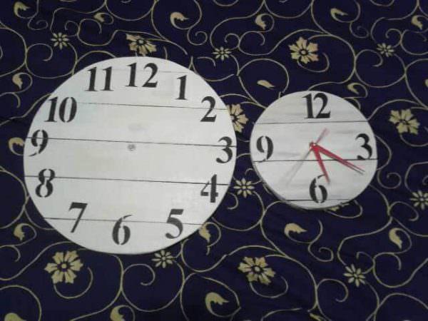 Pallet Working Clocks Pallet Clocks