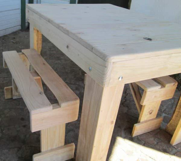 Table & 2 Benches from Repurposed Pallet Wood Pallet Benches, Pallet Chairs & Stools Pallet Desks & Pallet Tables