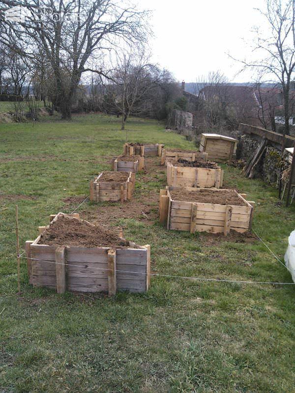 Carré Potager / Pallet Kitchen Garden Pallet Planters & Compost Bins