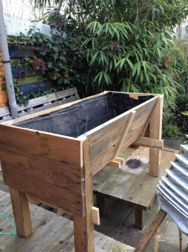 Veg Trug Made out of Pallet Wood Pallet Planters & Compost Bins