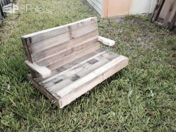 Pallet Swing For The Grand Kids Fun Pallet Crafts for Kids