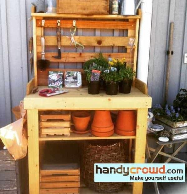 Pallet Wood Potting Bench Pallet Desks & Pallet Tables