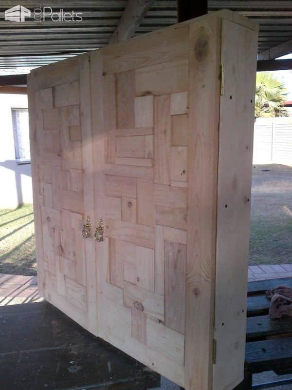 Bathroom Cabinet Door From Pallet Wood Pallet Walls & Pallet Doors