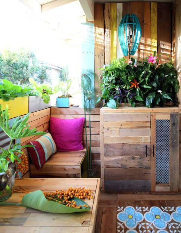 Pallet Crafter Interview #5: Ananda From A Piece Of Rainbow Pallet Crafter Interviews