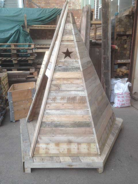 Pallet Teepee Fun Pallet Crafts for Kids Pallet Sheds, Cabins, Huts & Playhouses