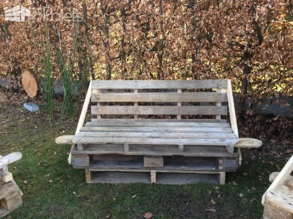 Pallet Bar, Bar Stools, Sofas & Man-table Pallet Bars Pallet Benches, Pallet Chairs & Stools Pallet Sofas & Couches