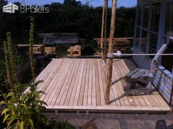 Reclaimed Beach House Project Pallet Sheds, Cabins, Huts & Playhouses