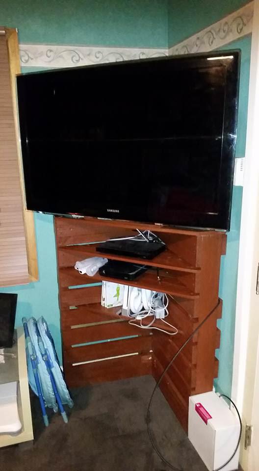 Homemade Corner Tv Stand From Pallet Wood Pallet TV Stands & Racks